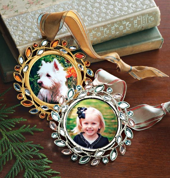 Jeweled Photo Ornament #Christmas #Ornaments #Bejeweled
