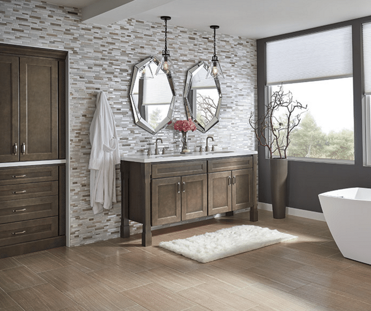 Color Secrets That Will Totally Make Your Bathroom Look Expensive - Bathroom remodel secrets