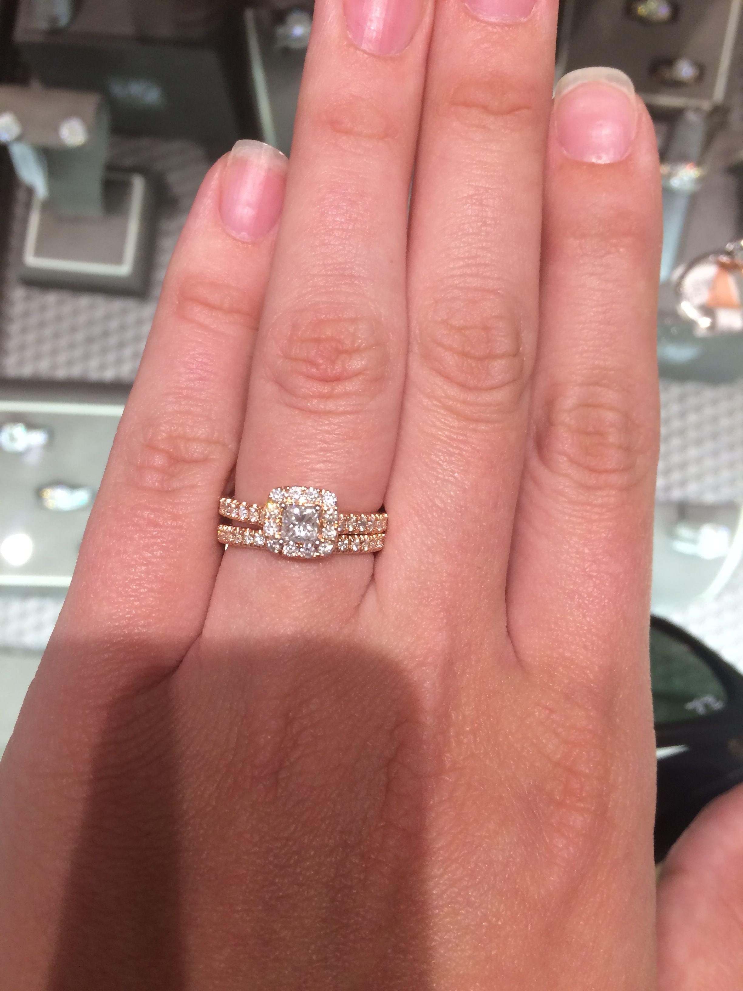 Neil Lane 1 carat rose gold princess cut ring. This ring is the ...