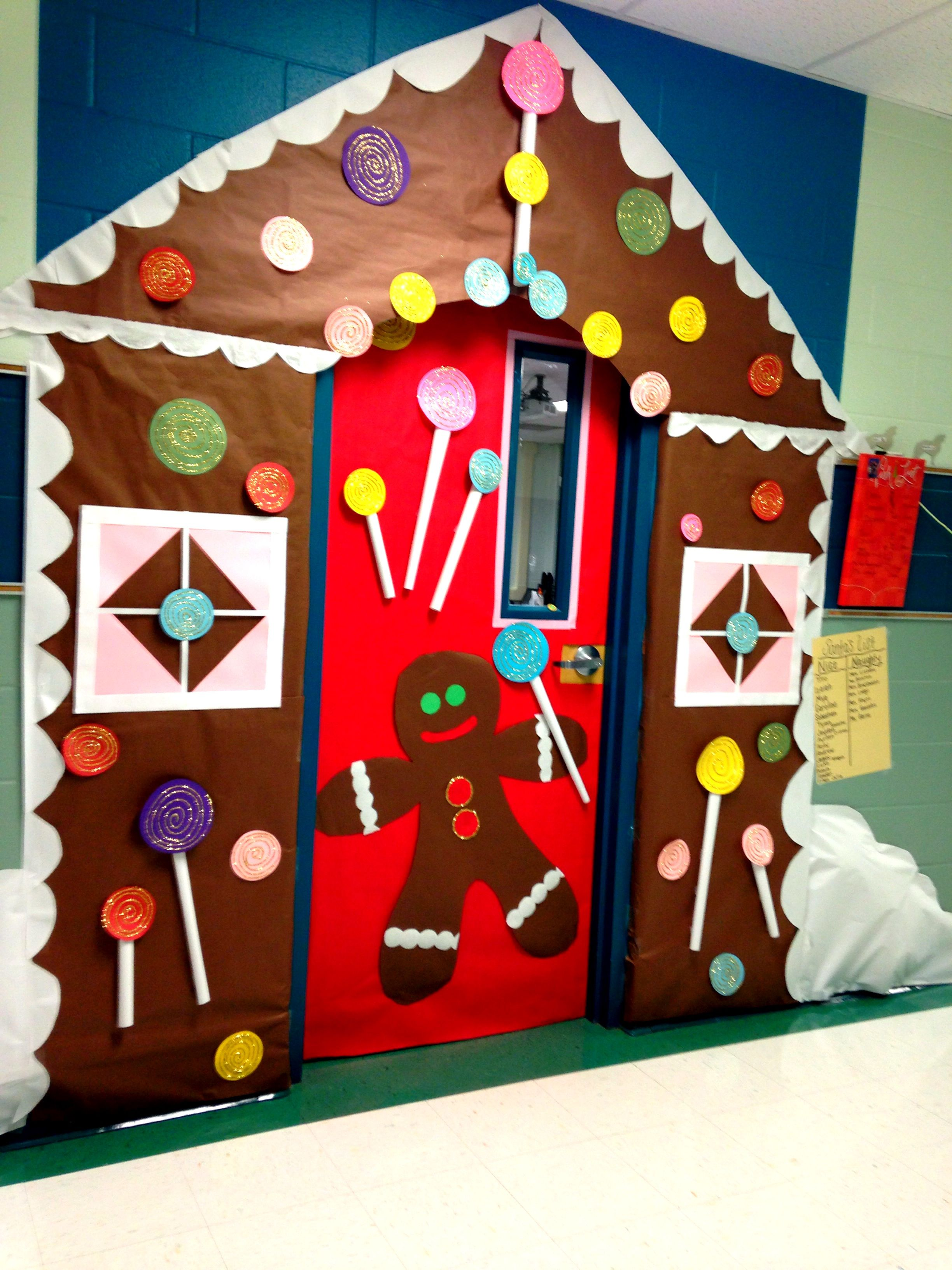 Gingerbread house classroom door porte pinterest for Porte decorate scuola
