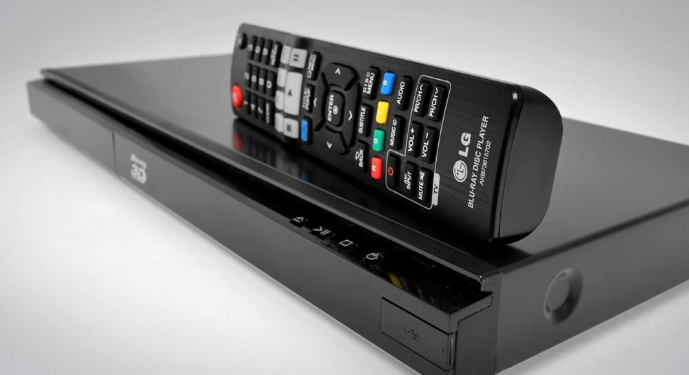 "LG BP620 3D Blu-ray Disc Player: ""LG comes up with a smart compact 3D Blu-ray Player, the BP620, that delivers excellent overall performance at a very reasonable price."""