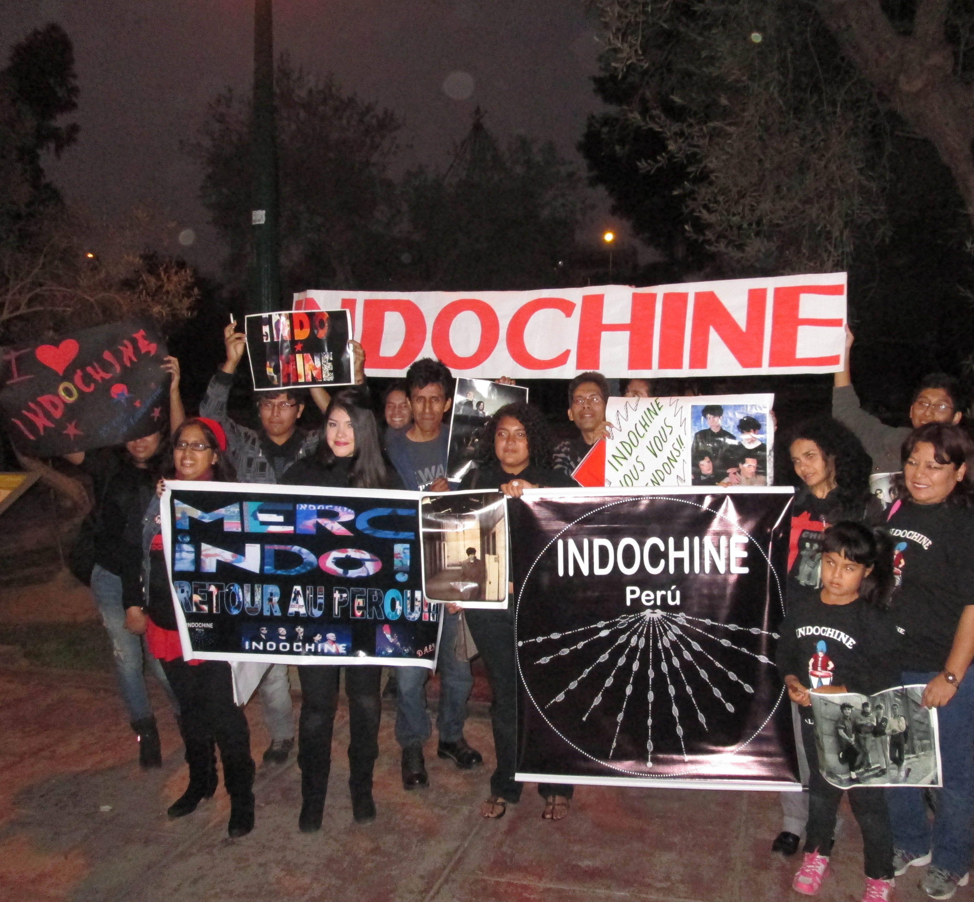 Fotos: 25  años de Indochine en Perú http://shar.es/ZsoVQ