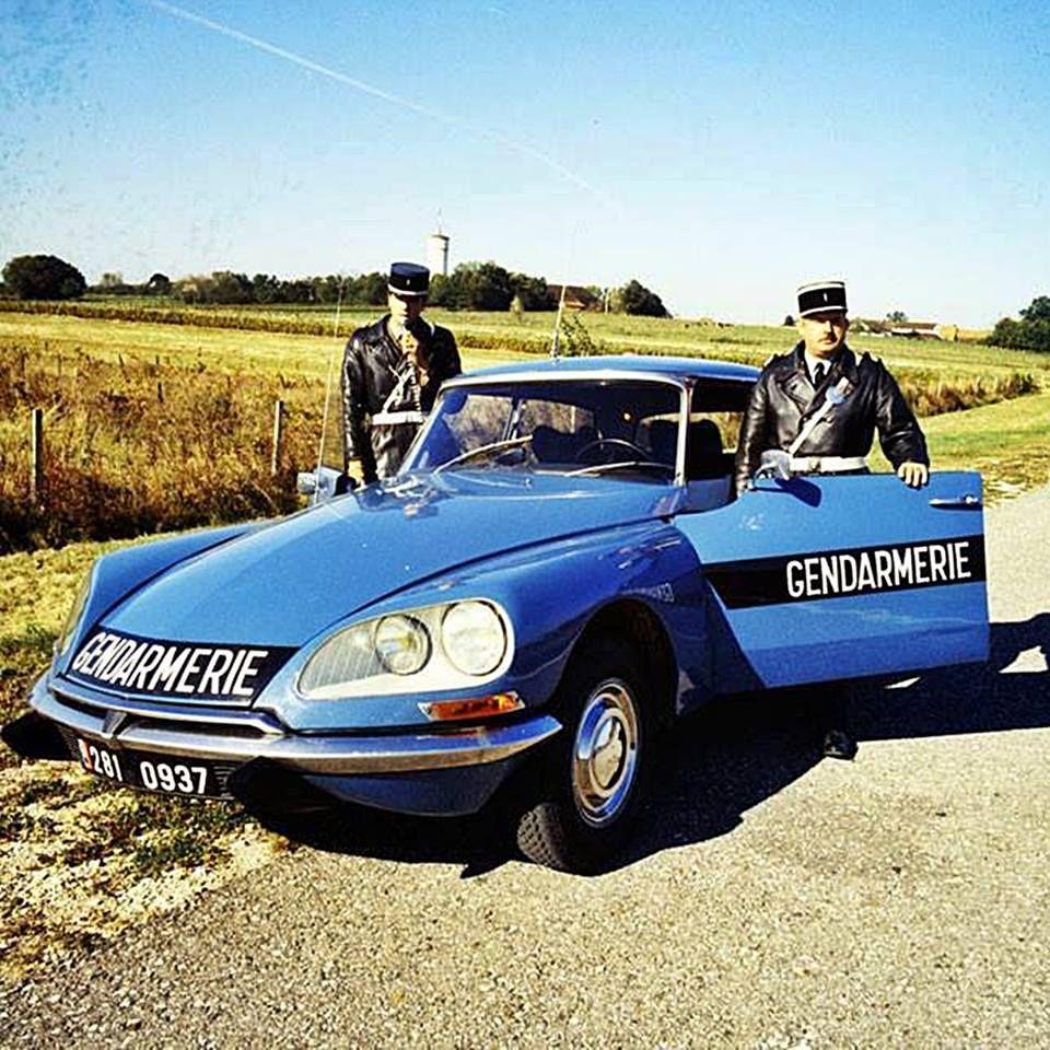 Photos From Giuseppe Demaria S Post In Giuseppe Demaria Antieke Auto S Automobiel Politie