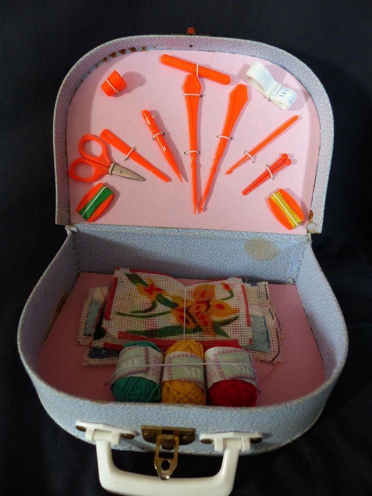 Boite valisette malette couture enfant jouet ancien for Malette couture
