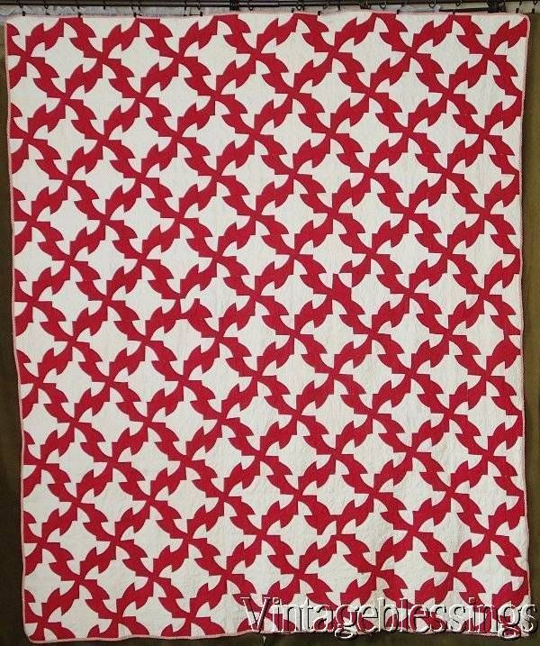 Fabulous! ANTIQUE c1920 Drunkards Path QUILT Red & White Graphic ... : cleaning antique quilts - Adamdwight.com