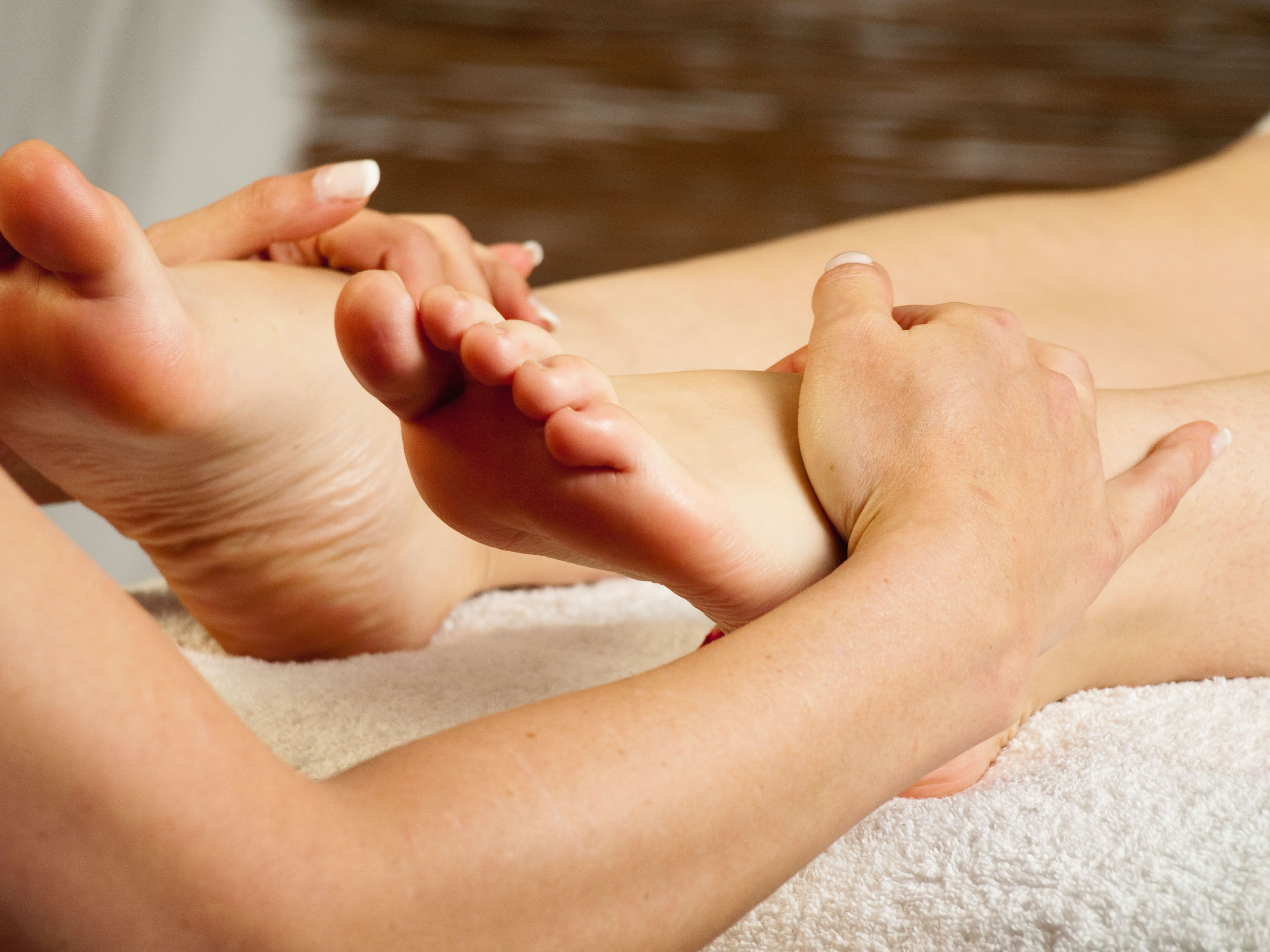 Foot Massage Don T You Just Love It Reflexology Massage Reflexology Foot Massage