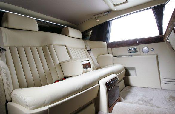 The sumptuous interior of the Rolls Royce Phantom | Rolls-Royce ...