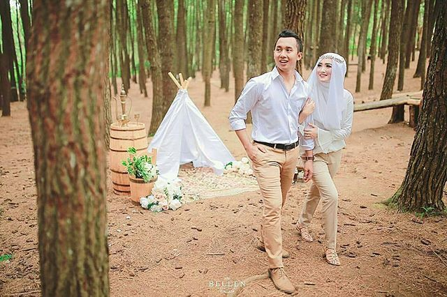 Courtesy of Shasha & Zaki Prewedding  Photographed by  @bellenphotography