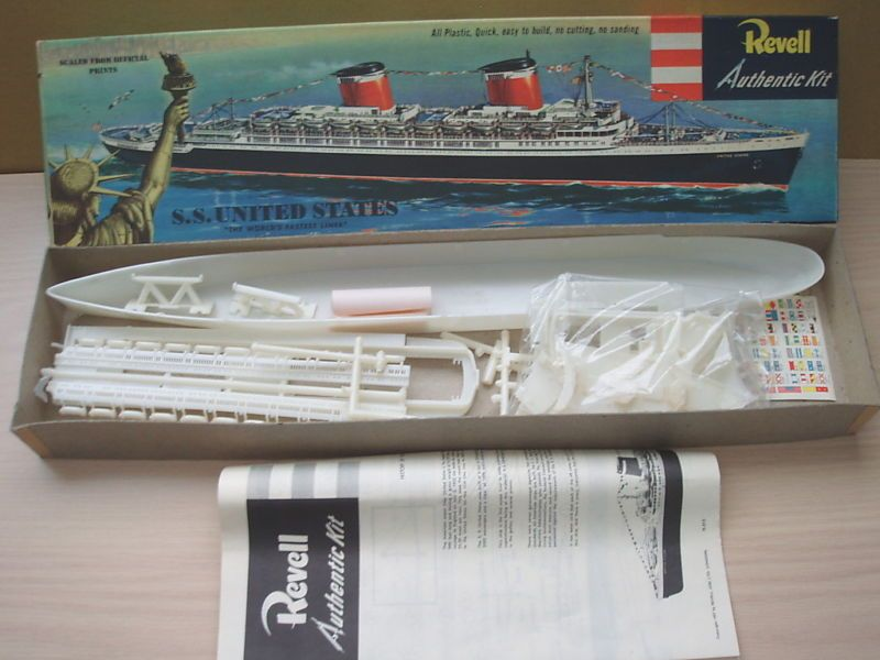 VERY RARE St VERSION REVELL AUTHENTIC KIT SS UNITED STATES - Model cruise ship kits