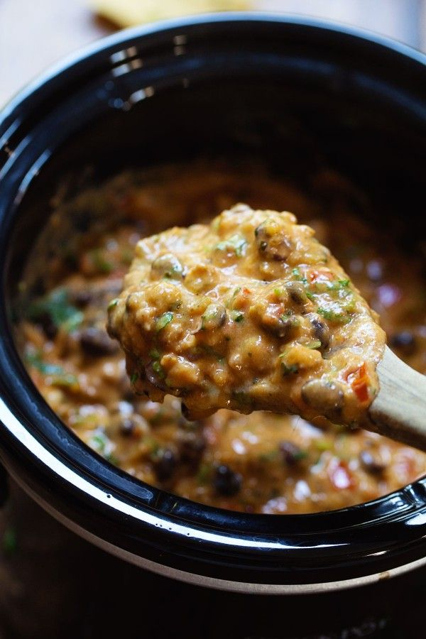 Cheesy Chili Dip - no processed cheese here! super simple, homemade game day yumminess. 250 calories. | pinchofyum.com #chili #dip #gameday #appetizer