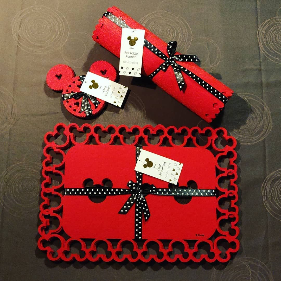 Giveaway Time You Can Win This Cute Red Disney Christmas Set Included A Felt Table Runner 33cm X 165 Christmas Placemats Disney Decor Christmas Settings