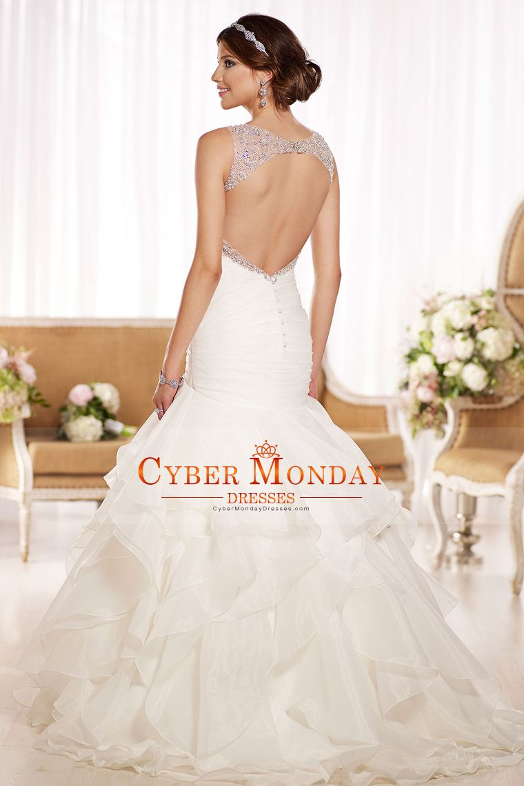 2016 Sexy Open Back Wedding Dresses Straps With Ruffles And Beads Organza