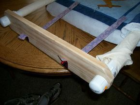 home made quilting frame very clever something to try - Diy Quilting Frame