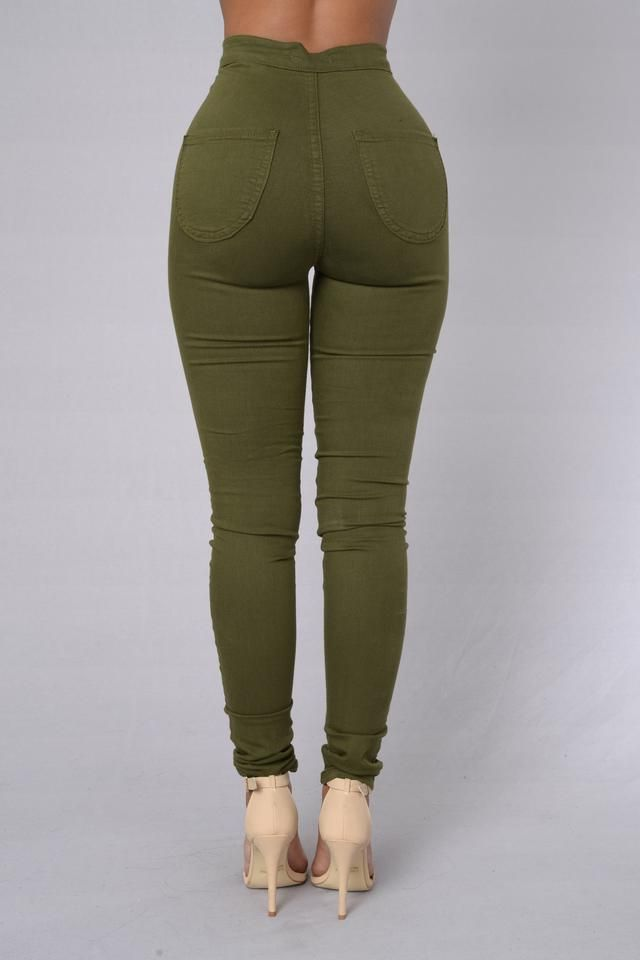 - Available in a variety of colors! - Super High Waisted - Round Pocket - Skinny Leg - Great Stretch - Made in USA - 67% Cotton 30% Polyester 3% Spandex