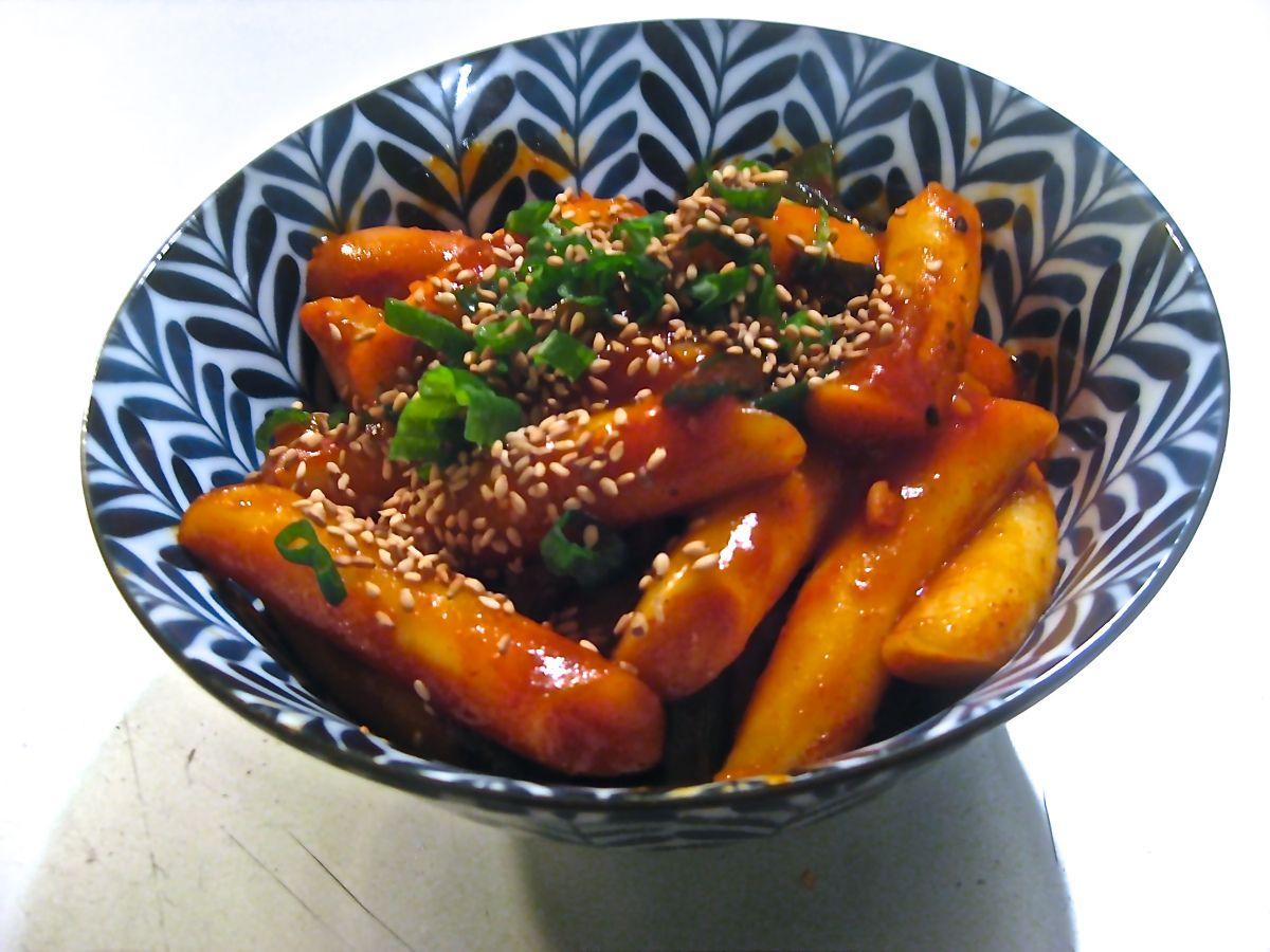 Korea ddeokbokki spicy rice cakes spicy rice spicy food
