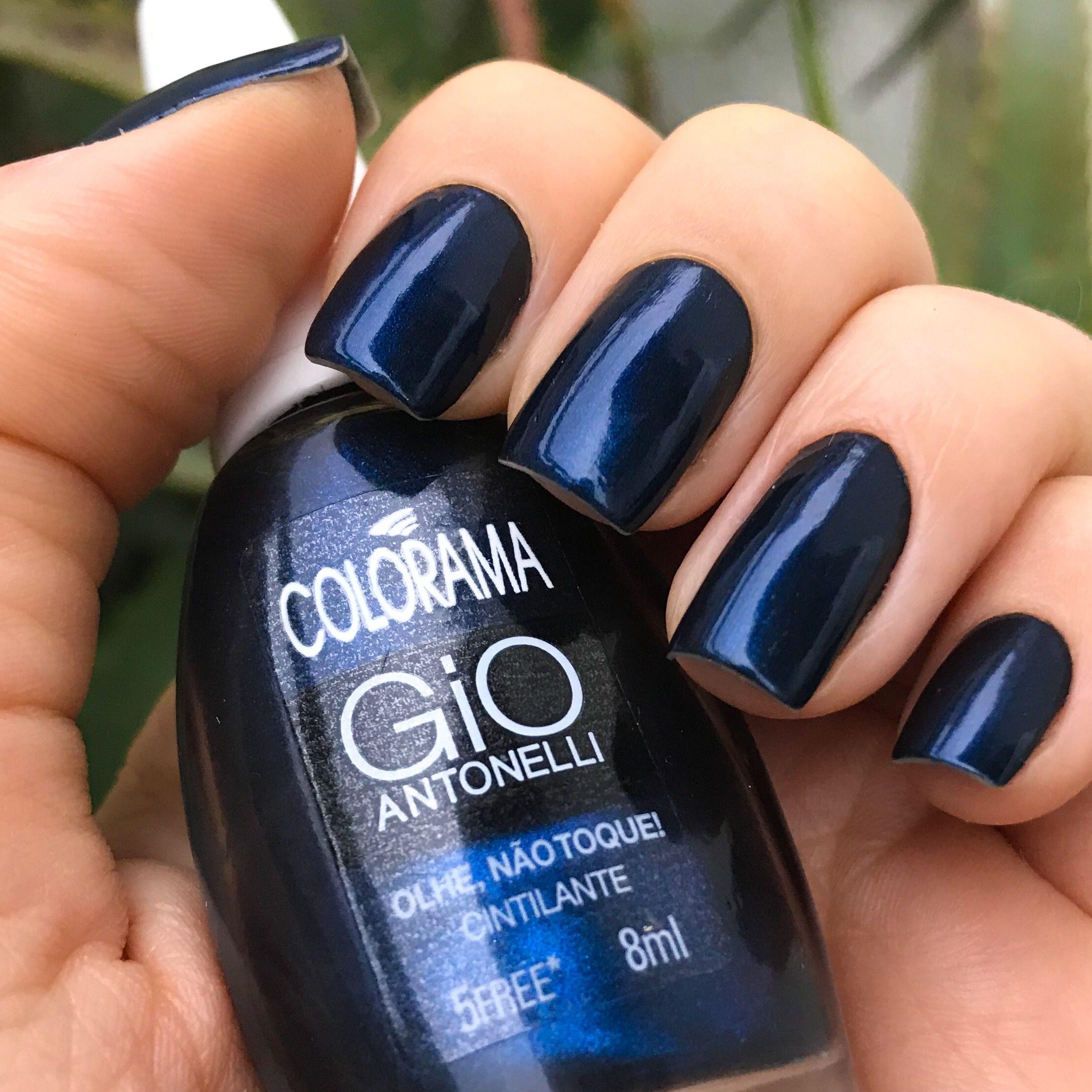 2e981c651 Colorama. Essa é uma das cores de esmalte que eu mais amo azul escuro  cintilante/ metalizado. Ótima cobertura e fácil de limpar. Da coleção Gio  Antonelli.