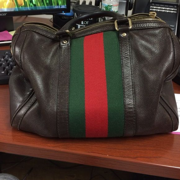 gucci used. authentic gucci bag with red and green stripe used i
