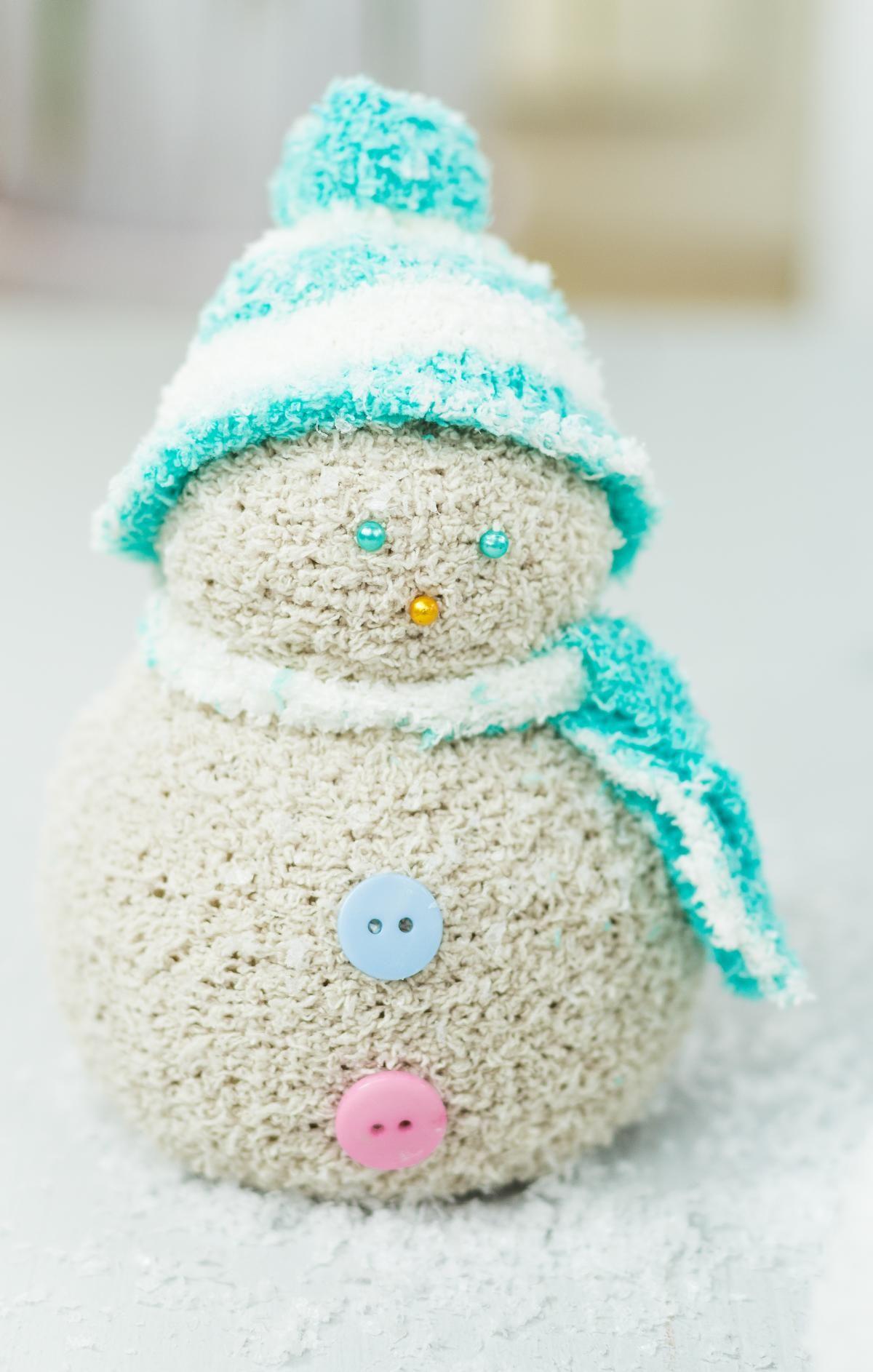 ... Schöne Winter Deko Und Tolles DIY Geschenk   Einfach Und Günstig Selber  Gemacht   Ein Echter Hingucker Im Heimischen Wohnzimmer #dekoration  #schneemann