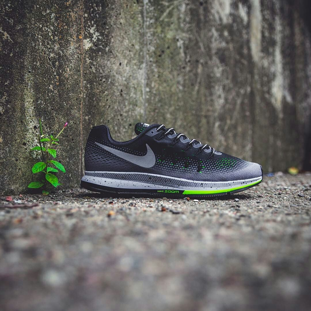 KICKS : NIKE AIR ZOOM PEGASUS 33 SHIELD
