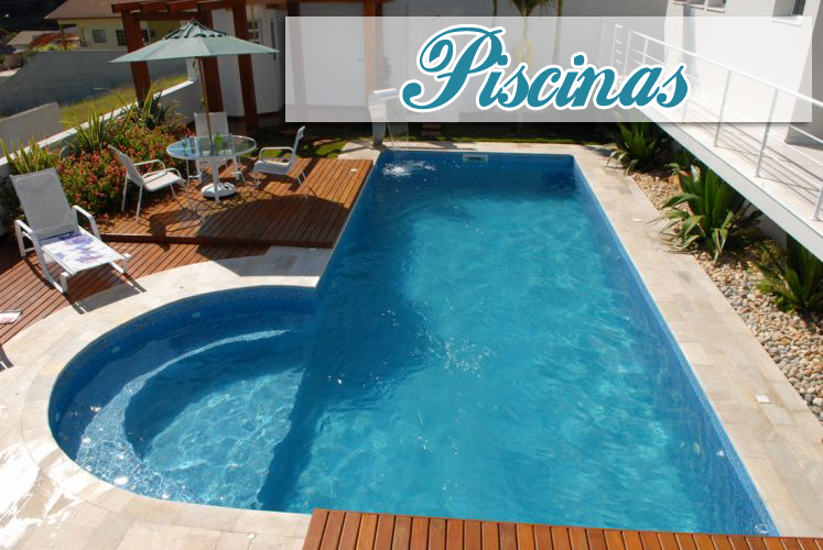 Modelos de piscinas com banco meia lua piscinas for Modelos en piscina