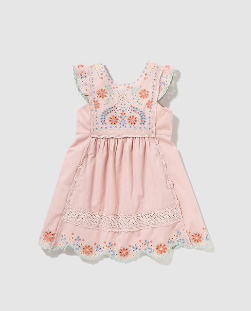 aaf4a6f24 Vestido de niña Bass 10 rosa con bordados | SS 2016 KIDS El corte ...