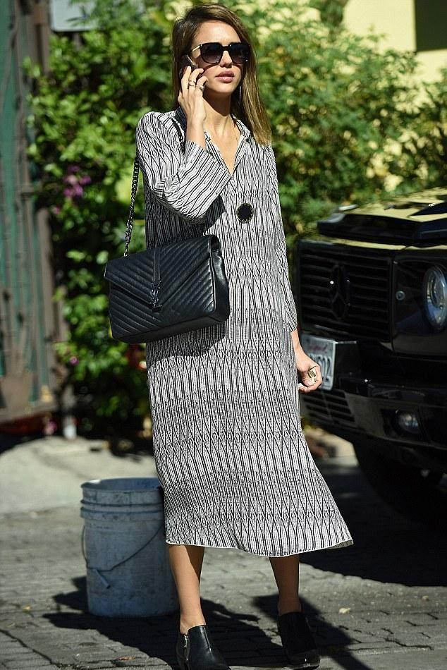 Jessica Alba Los Angeles November 1 2015 Fashion