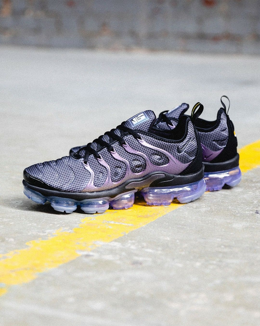 huge discount 0a5eb 1628c Nike Air Vapormax Plus | FEET FIRST in 2019 | Sneakers nike ...