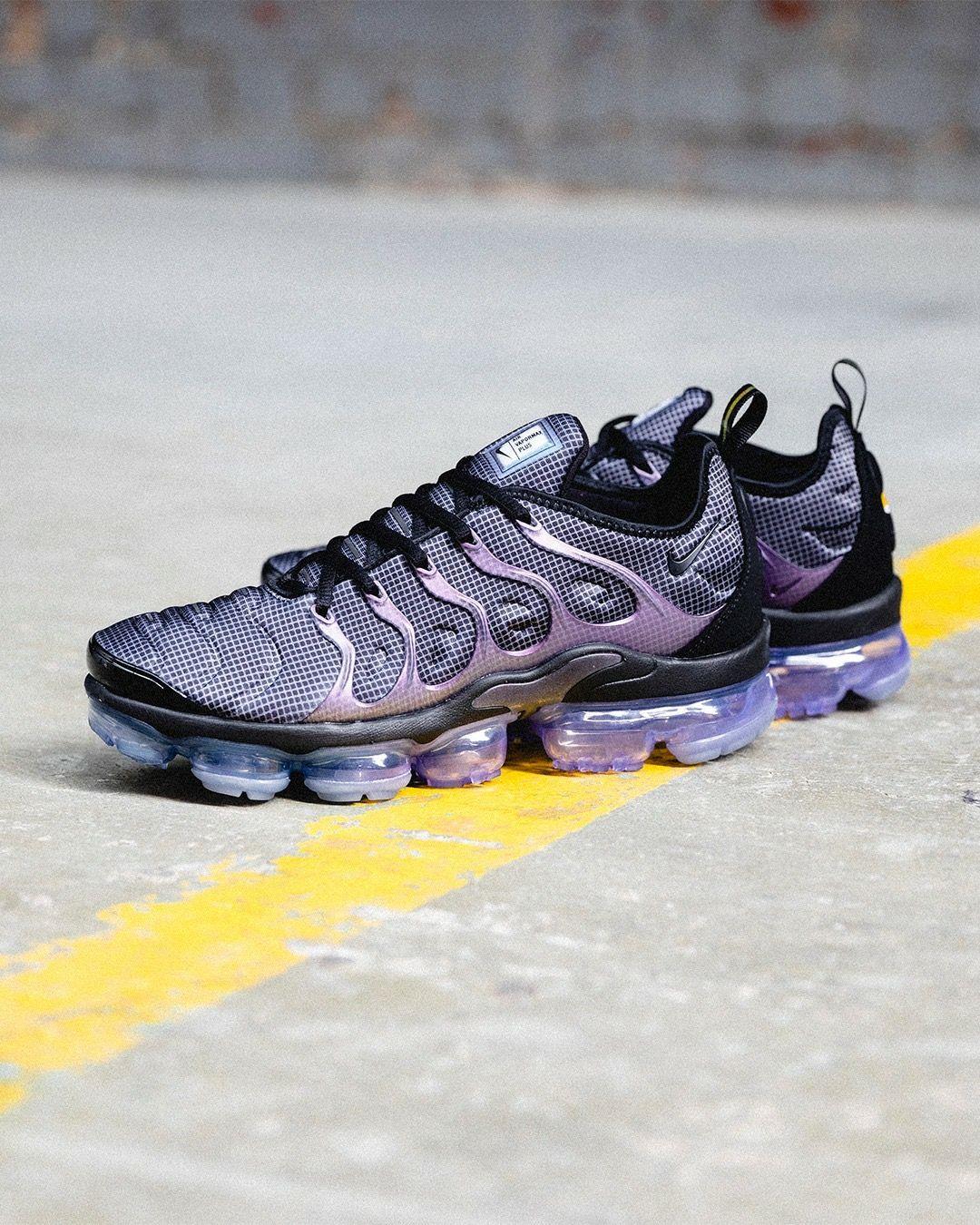 huge discount 65409 f4224 Nike Air Vapormax Plus | FEET FIRST in 2019 | Sneakers nike ...