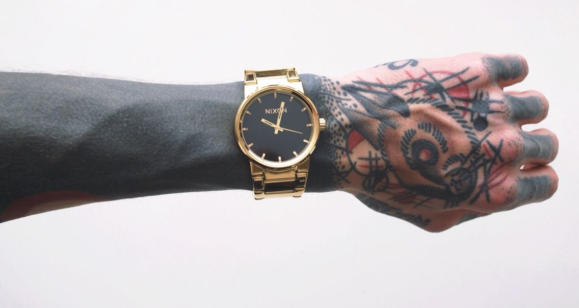 #nixon #needmoregold #blackwork #tattoo