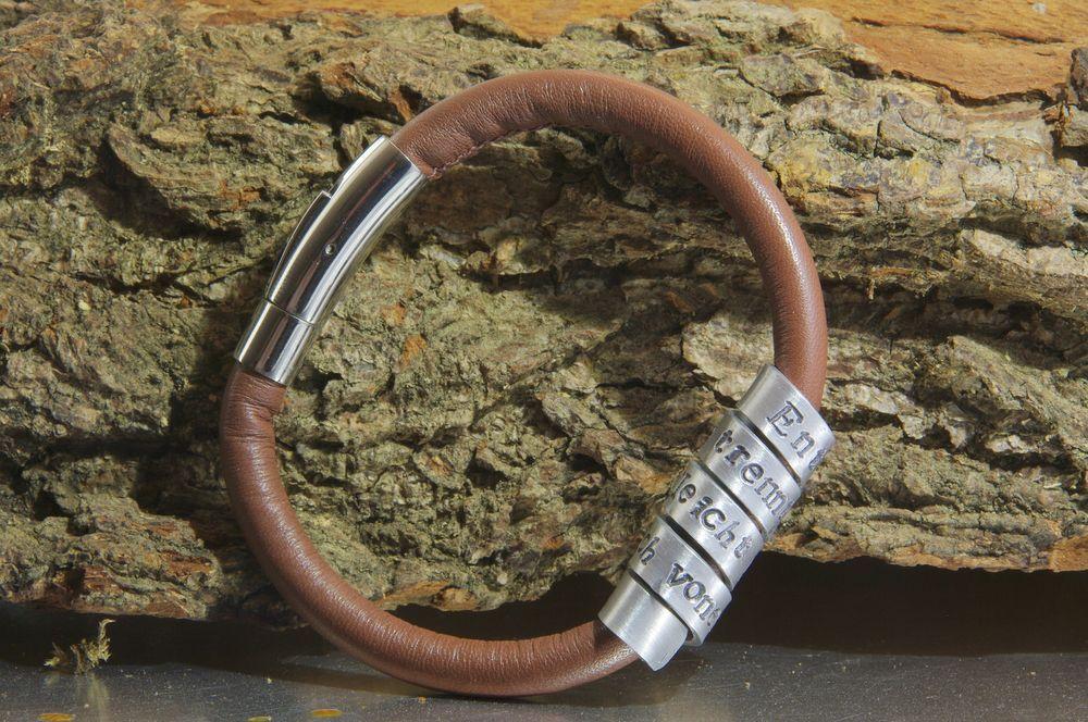 Verwonderend Moederarmband met naam of eigen tekst, quote, datum- NADINES.NL RG-53