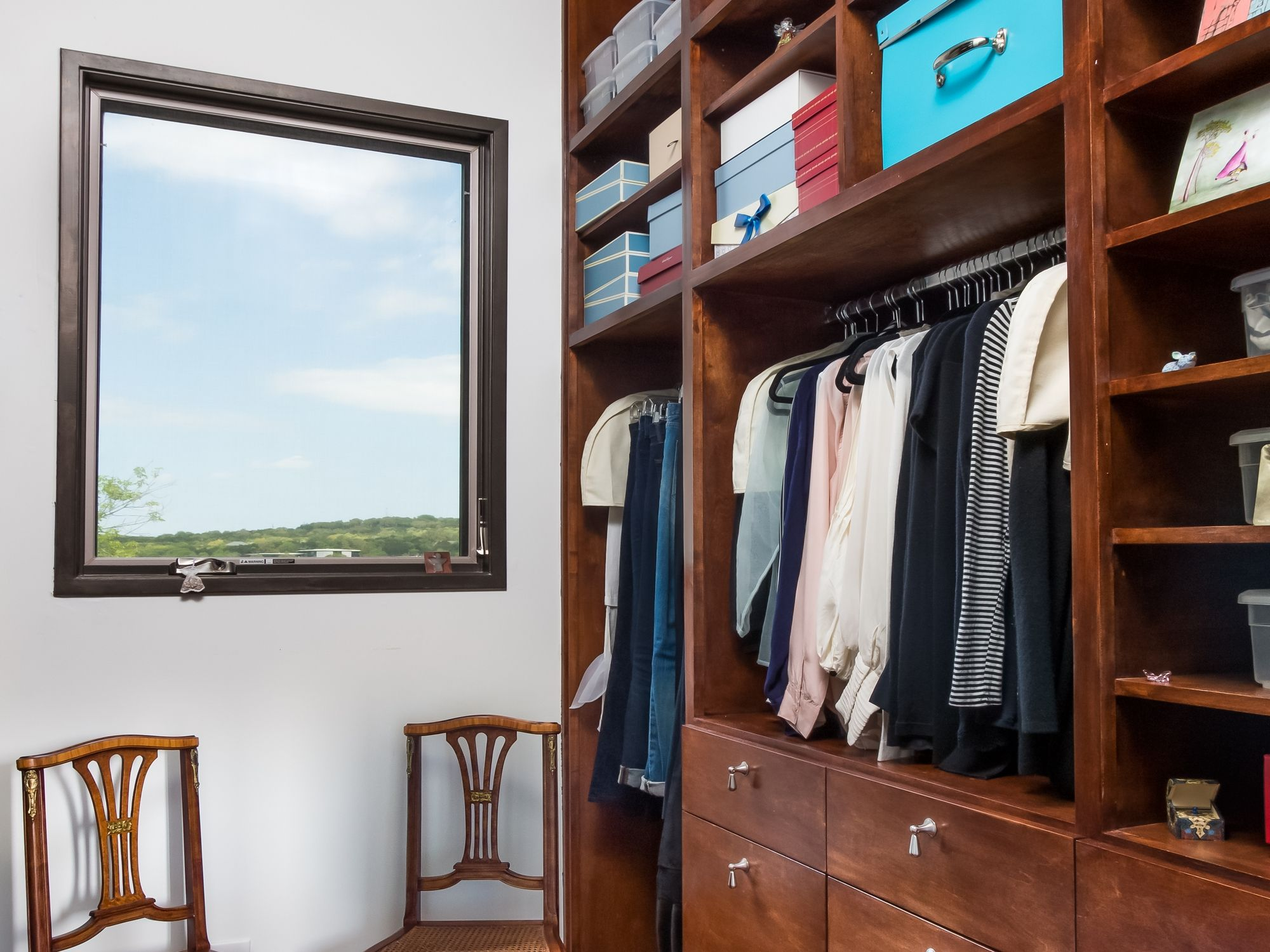 Closet With A View - 8942 Wimberly Cove - Upscale