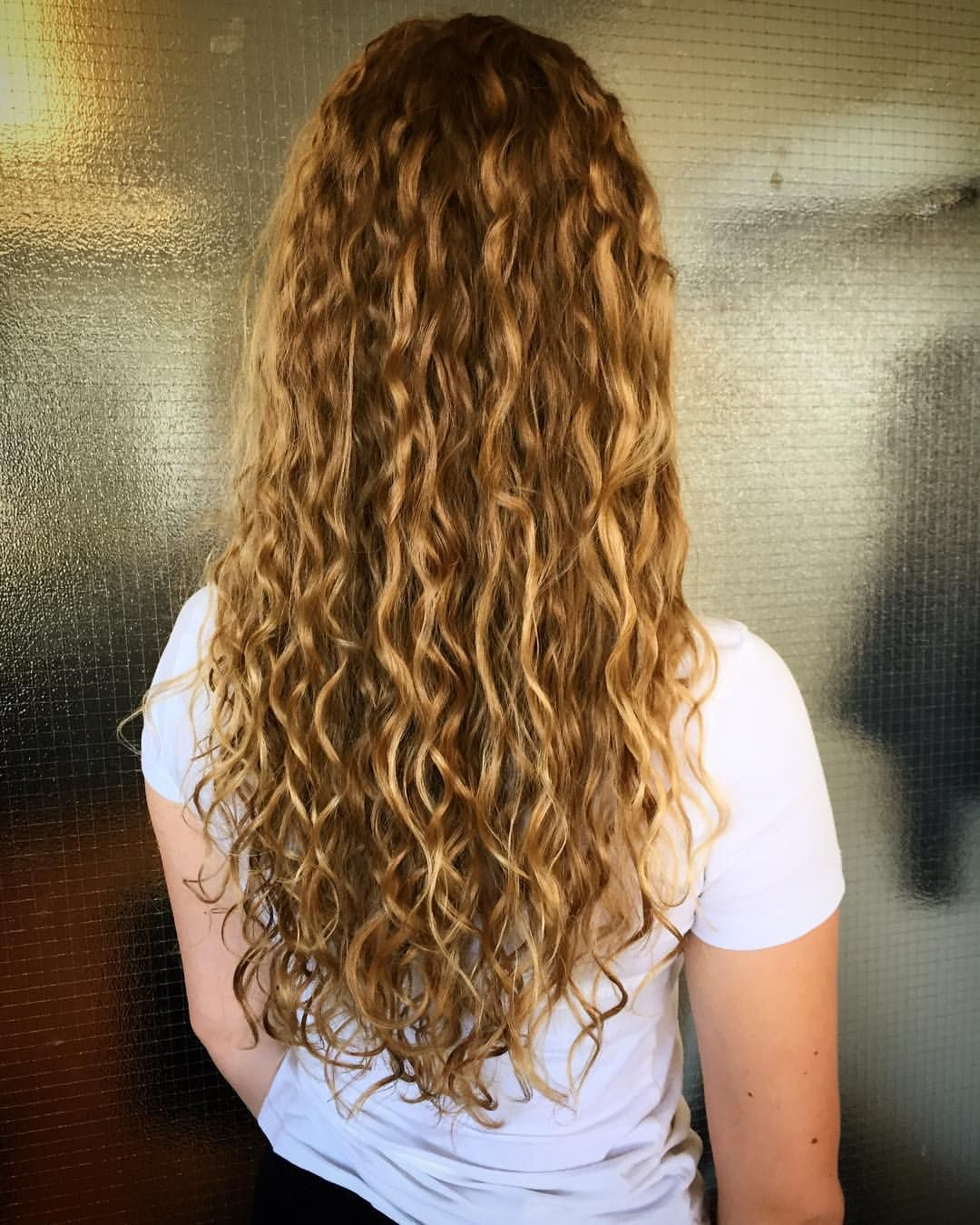 Permanentti Pitkät Hiukset