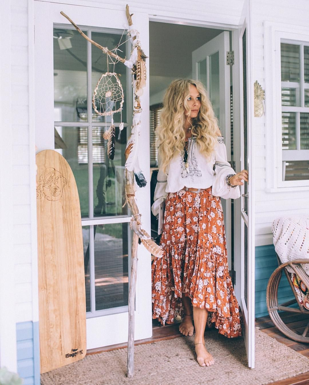 Bohémien folk: lo stile hippie torna in guardaroba Foto 7