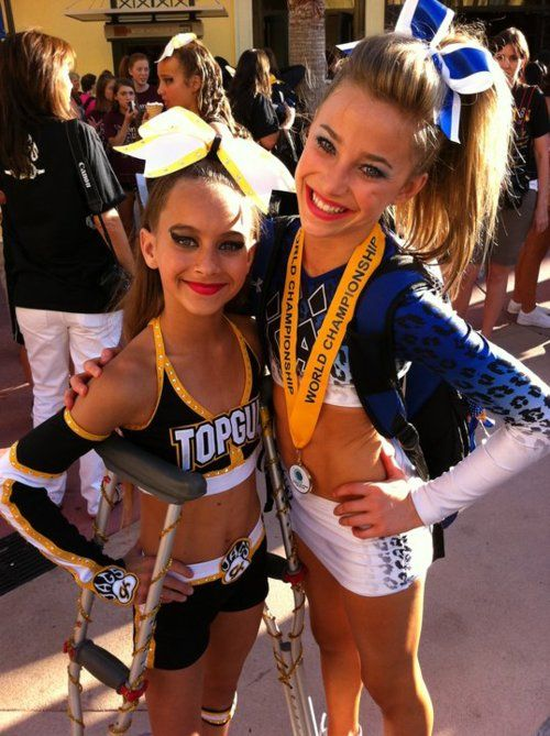 Gabi Butler And Peyton Mabry Worlds 2011 It S A Cheer