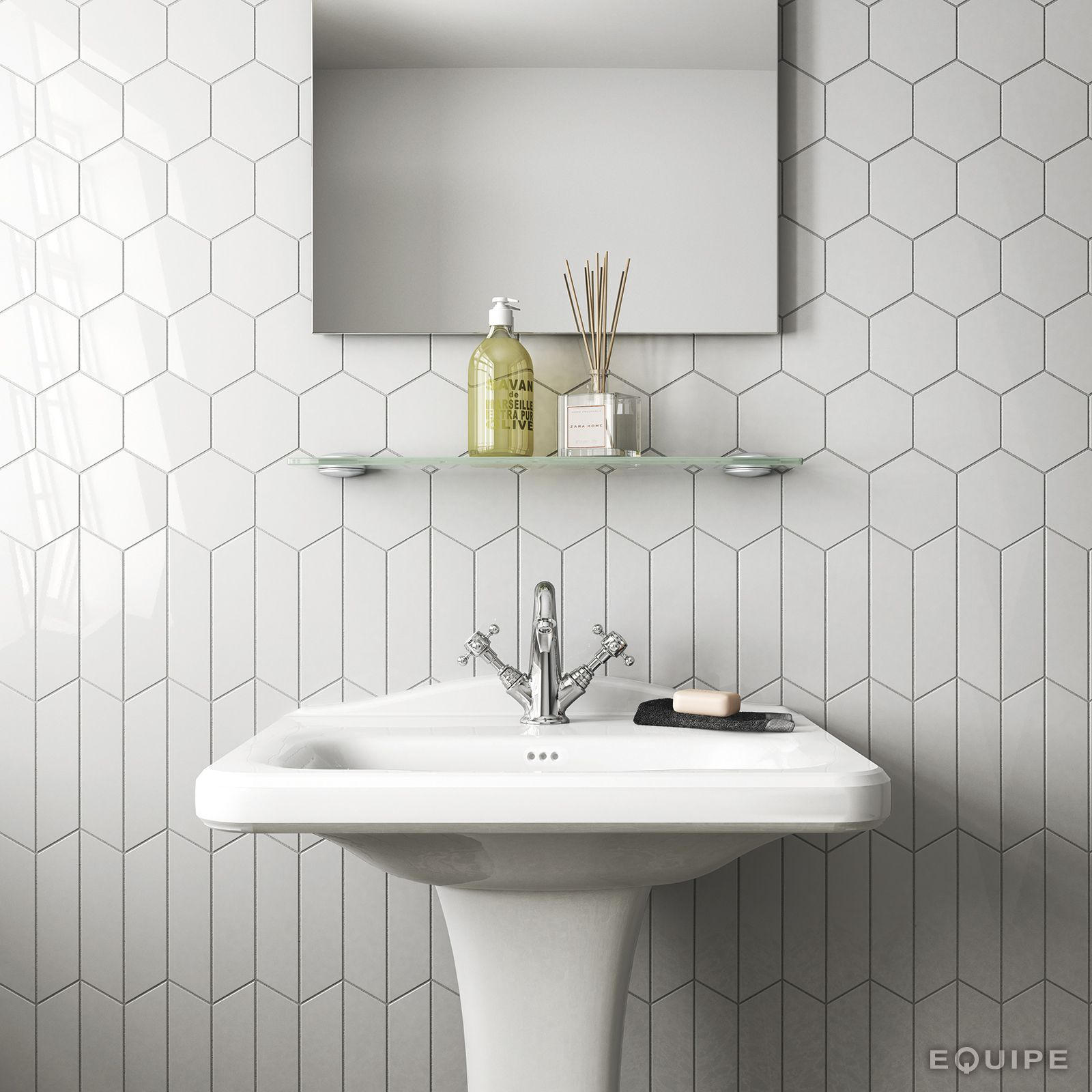 Chevron Wall White 18,6x5,2 / Scale Hexagon White 12,4x10,7 | Reno ...