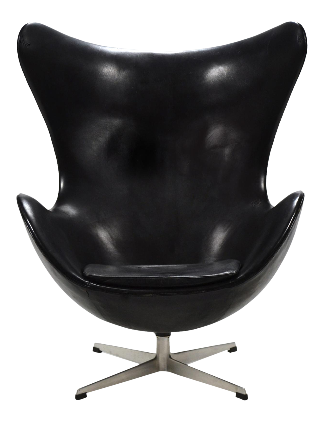 Arne Jacobsen Early Egg Chair in Original Black Leather on DECASO ...