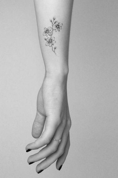 41+ Petit tatouage femme fleur inspirations