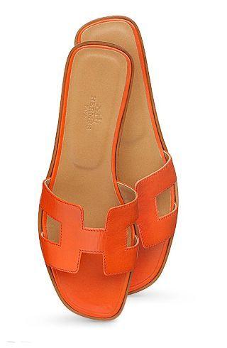 5a7bc88ac009 Hermes beautiful orange shoes