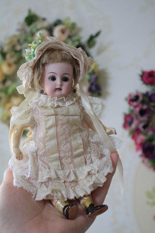 17.5cm doll dress