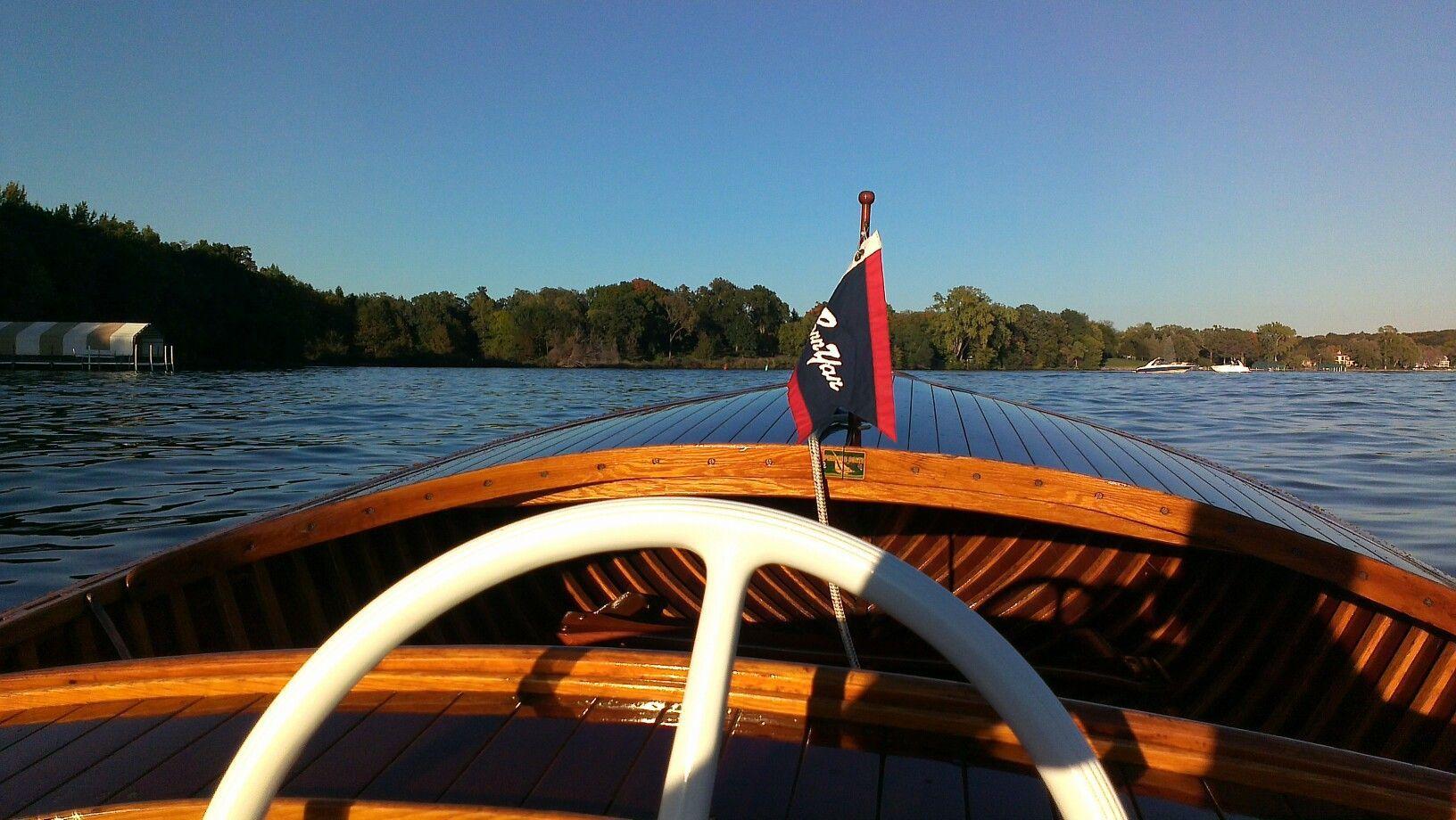 lake minnetonka boat charter