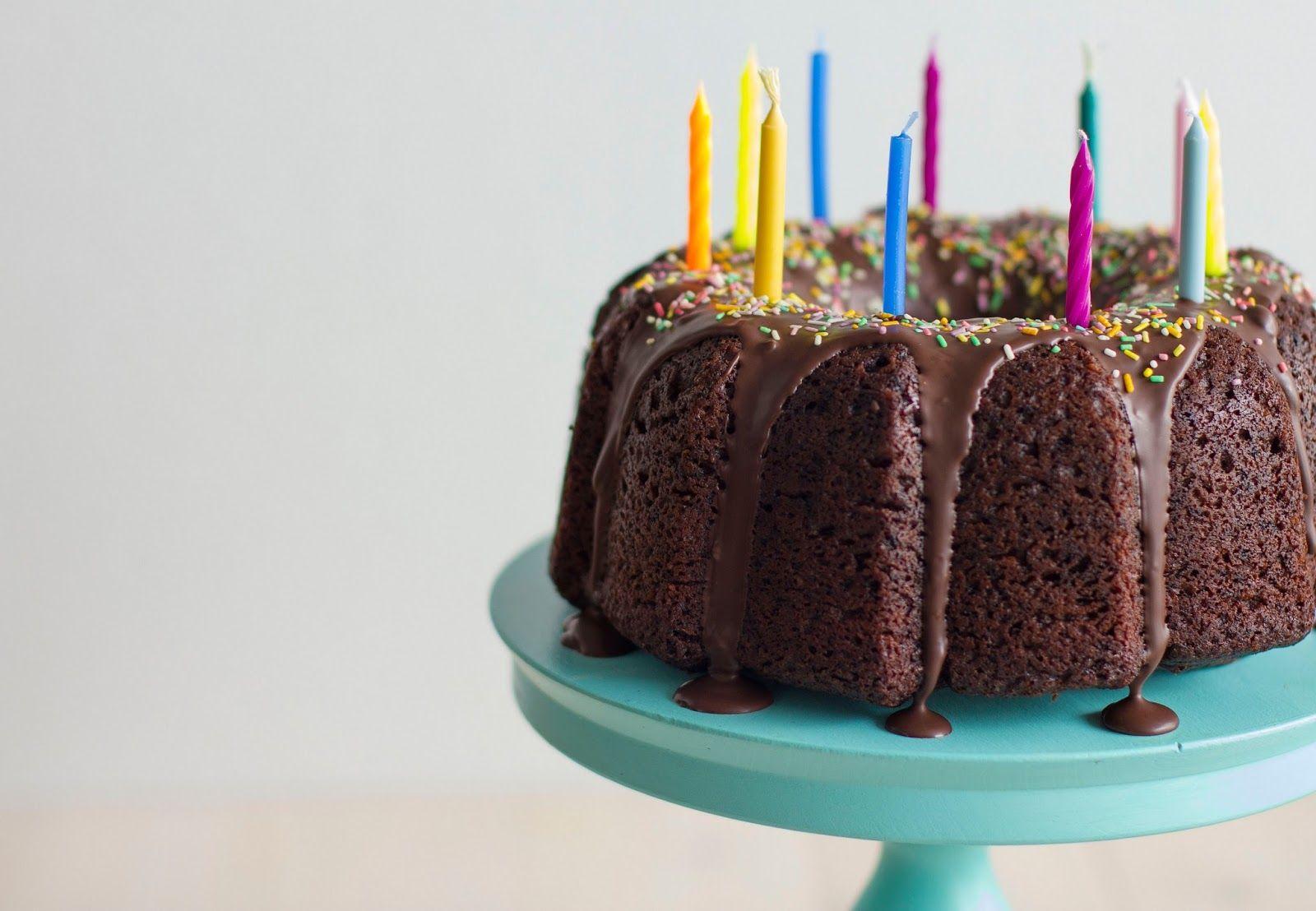 Chocolate cake by Lume Brando
