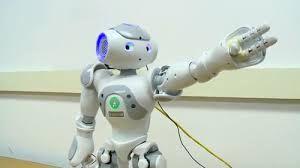 Estudio revela que los humanos sí haríamos caso a nuestro jefe si fuera un robot - Tecnología Actual