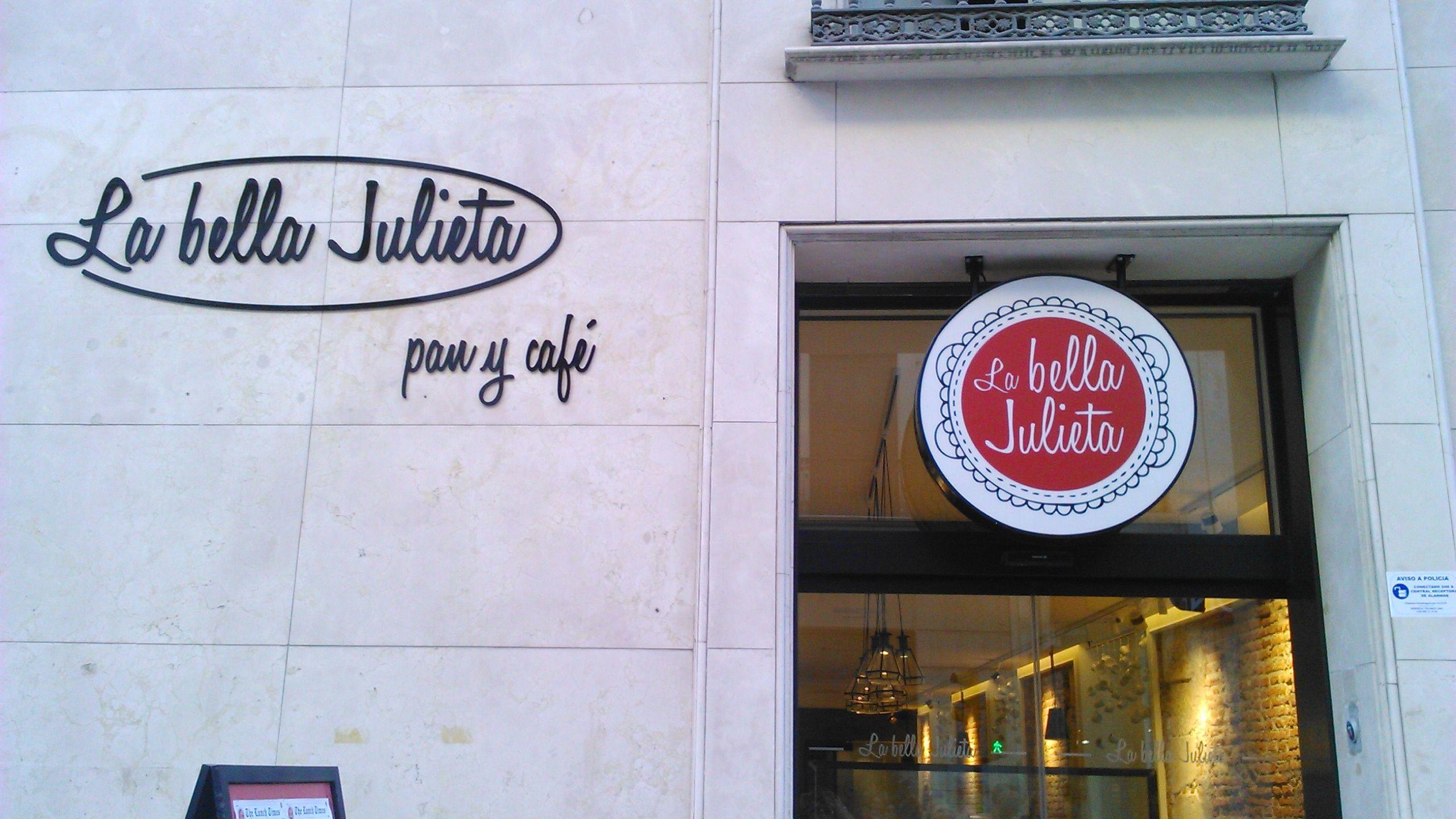 pan y cafe cafeterias malaga labellajulieta La bella