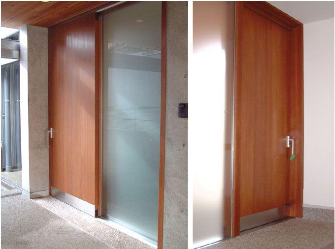 玄関ドア 引き戸から開き戸へのリフォーム交換 三協アルミ 玄関