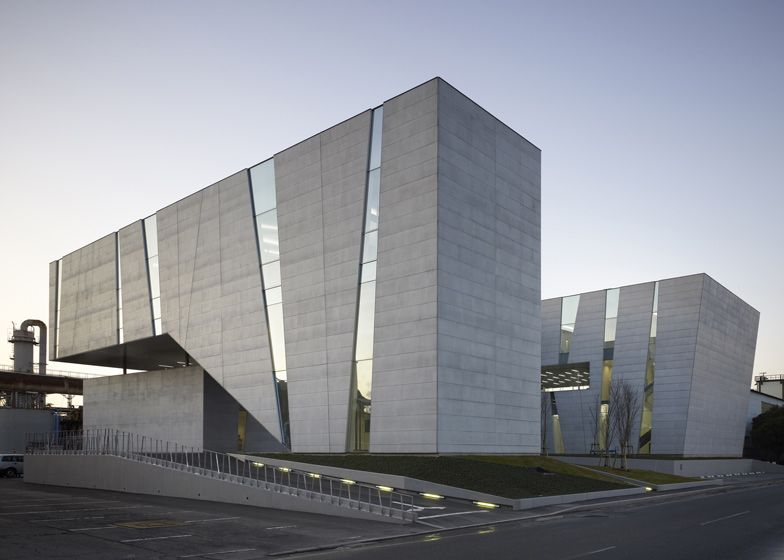 Spiralab research laboratory by kino architects for Exterior research and design