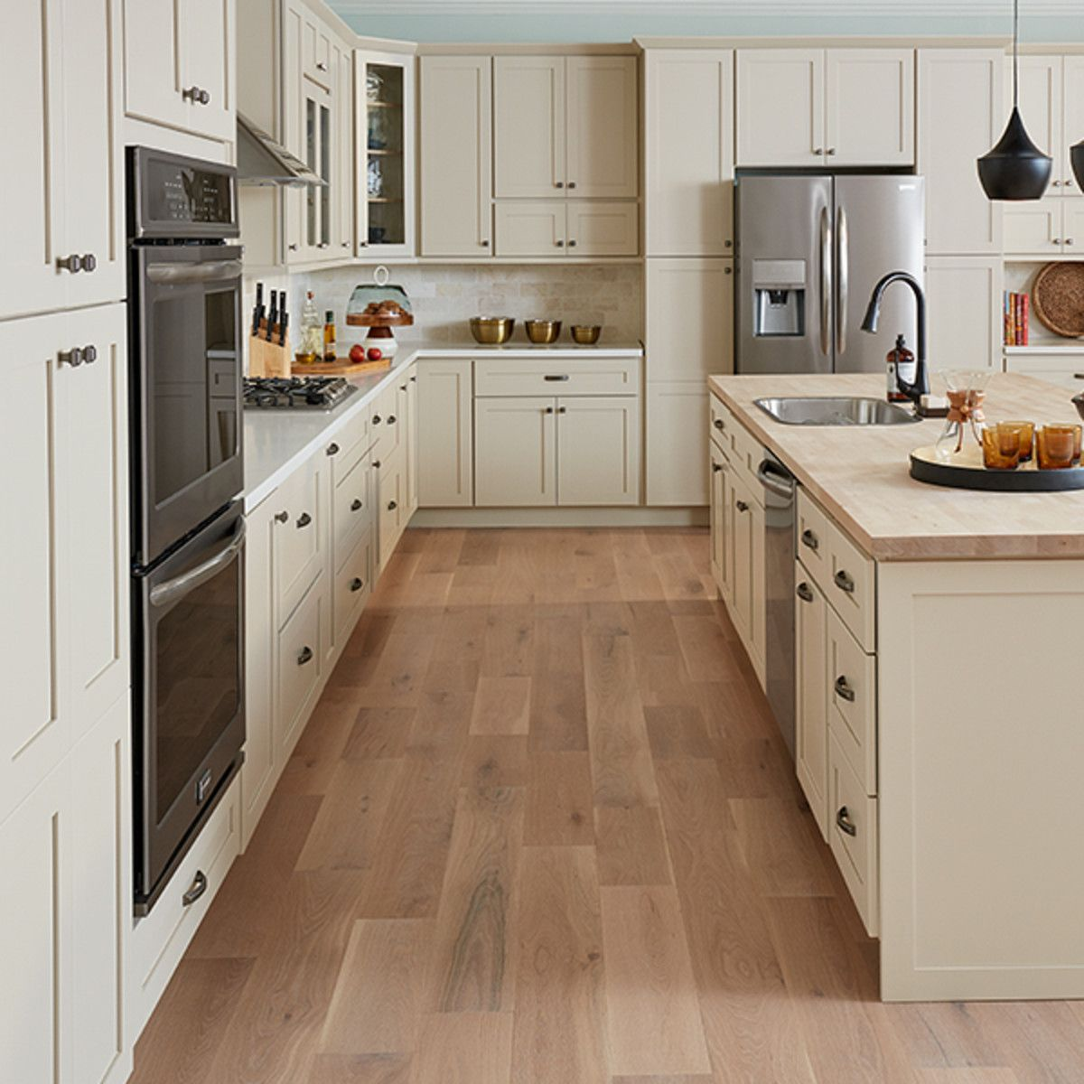Cabinets To Go Shaker Nantucket Color In 2020 Cabinets To Go Kitchen Cabinet Samples Shaker Cabinets