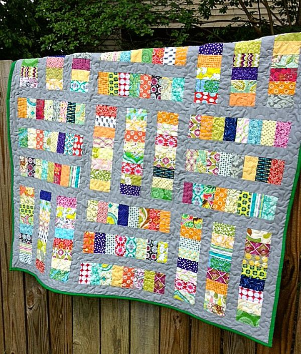 Beautiful Coins on the Sidewalk quilt from My Quilt Infatuation!