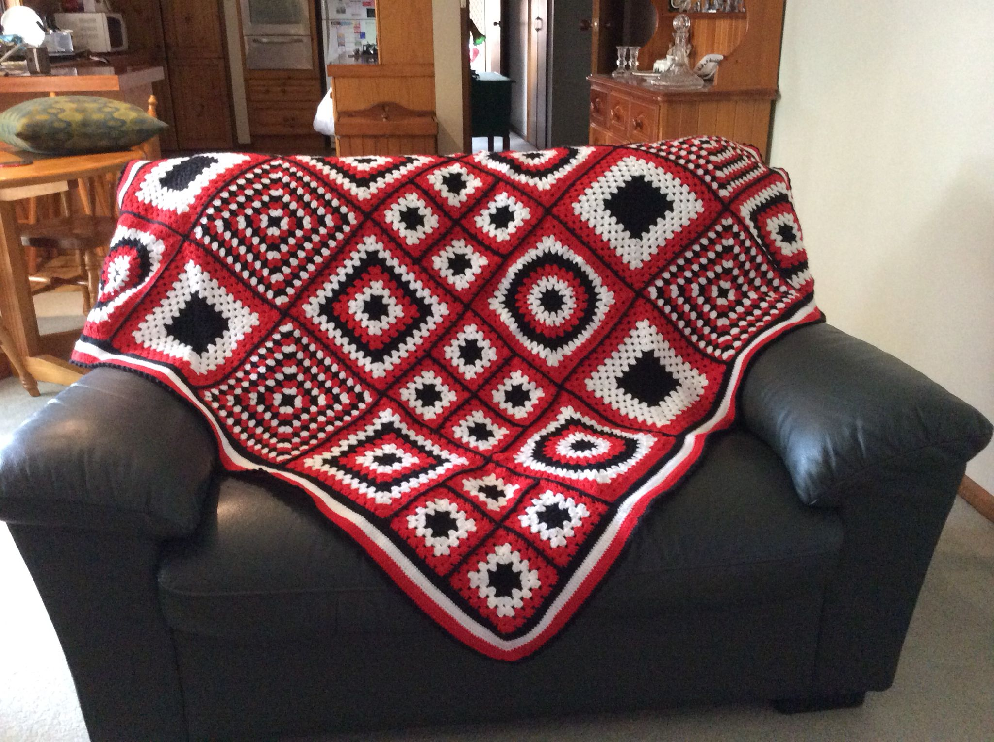 Rug In St Kilda Football Team Colours