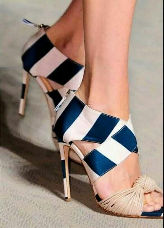 Pin Juarez Y Boots En ModaShoesShoes De Heels Liliana Estrada Shoe 4LAqRc3j5S