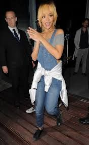 Look 4 Less: Rihanna In Overalls